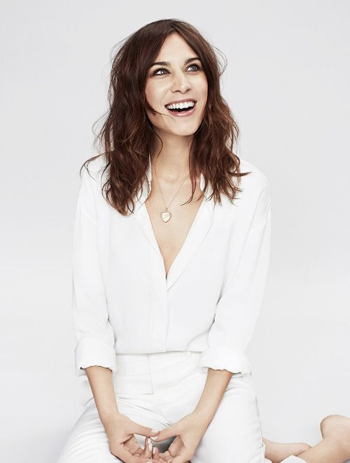 Pin By M 244 Nica Holsback Udo On Alexa Chung Pinterest