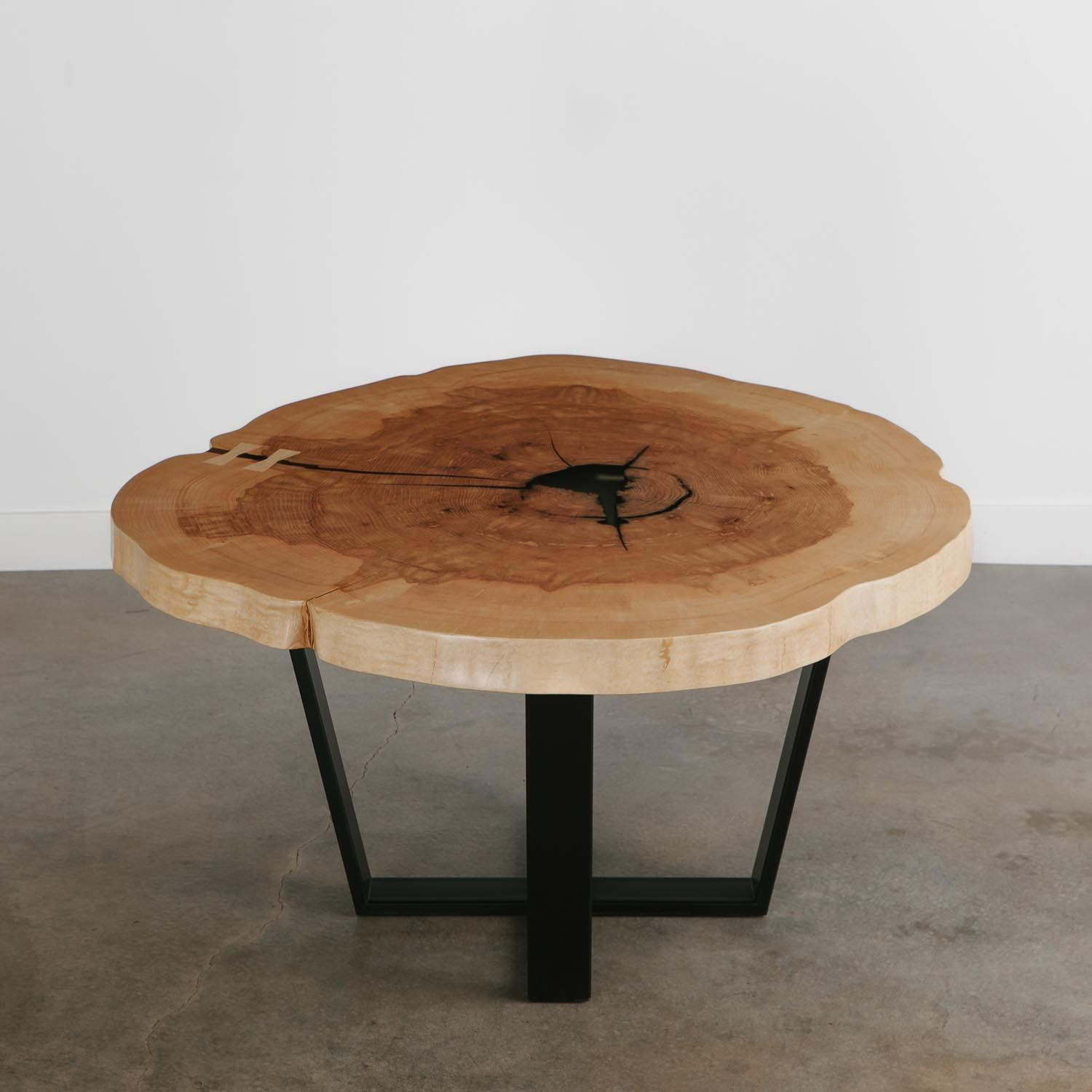 No 182 Ash Crosscut Slab Modern Live Edge Design Resin Filled Voids Butterfly Keys Silky Smooth Fin In 2020 Slab Dining Tables Wood Slab Table Wood Slab Dining Table
