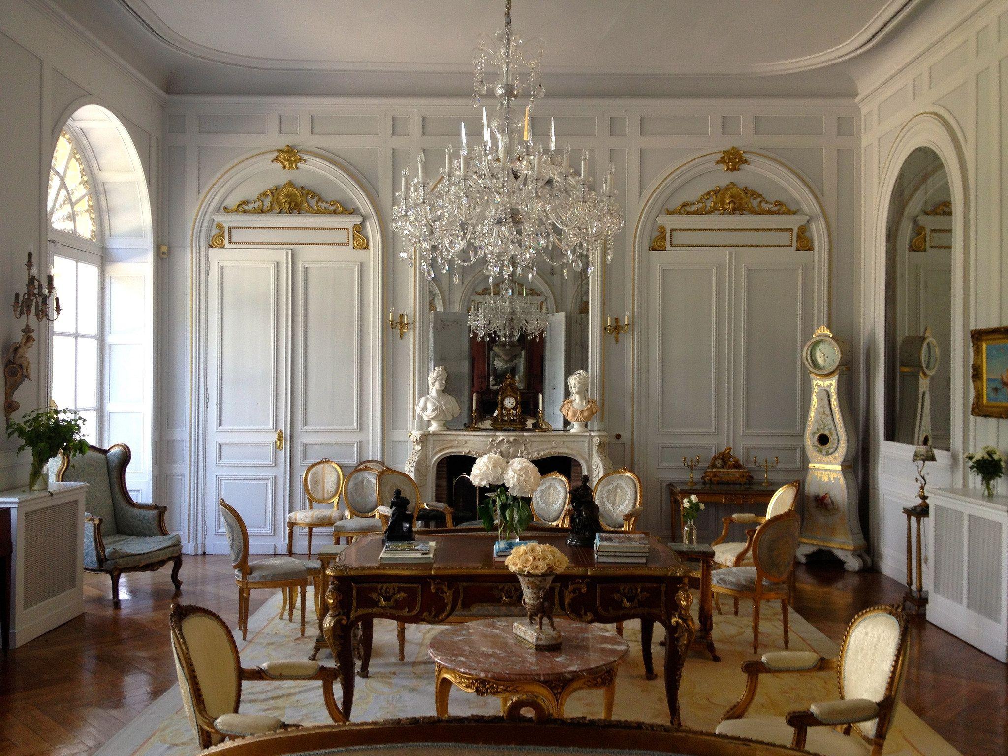 Chateau la durantie le manoir maisons campagnardes et for Maison classique interieur