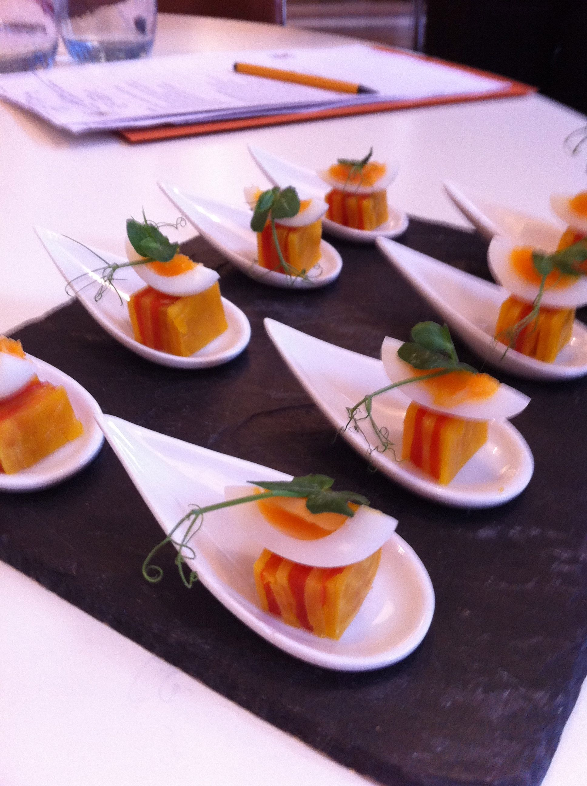 Golden beetroot and smoked salmon canapes food for Smoked salmon canape