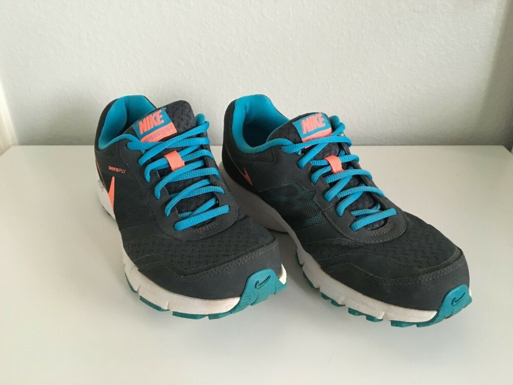 Enfermedad Ciro doce  Nike Air Relentless 4 Reslon Running Shoes grey/teal/coral- Women's- Size 9  - Nike Airs (This is a … | Running shoes grey, Black running shoes, Womens  running shoes