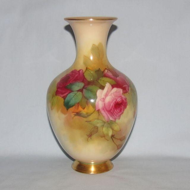 Royal Worcester Hand Painted Roses Bulbous Vase Sedgley Royal