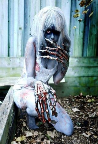 creepy witch cosplay