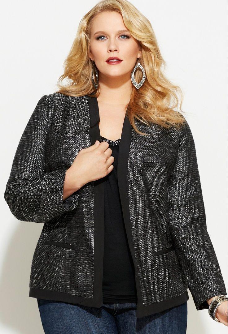 65ff38913eb 5 fashionable ways to wear a plus size tweed blazer