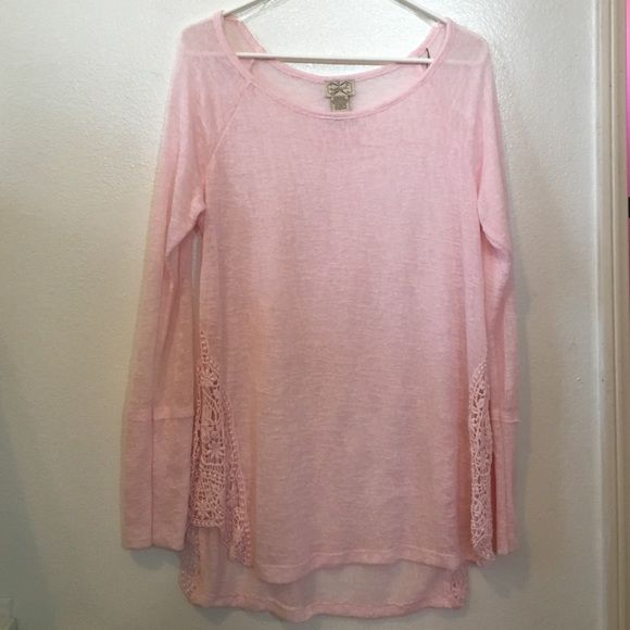 ‼️SALE‼️Light pink lace long sleeve Light pink color with lace on the sides. Fits a little oversized. Could fit a size medium as well. Please submit an offer if interested. 🙂  *ship same/ next day *pet/smoke free home *no holds/trades Tops Tees - Long Sleeve