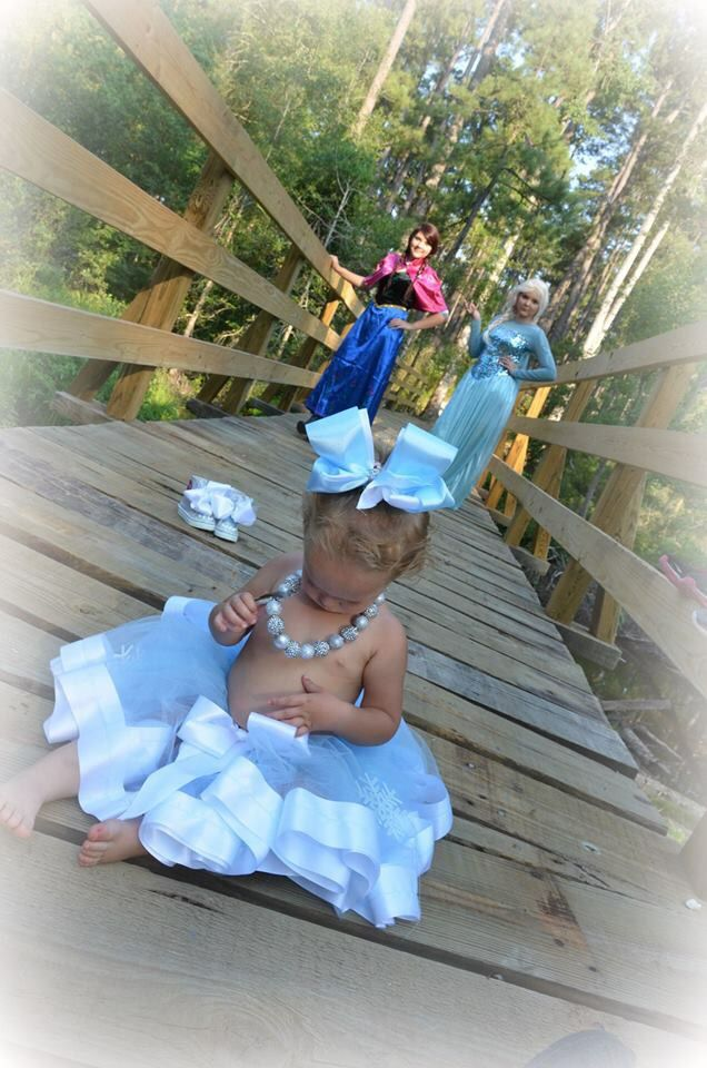 Frozen inspired 2nd birthday photography