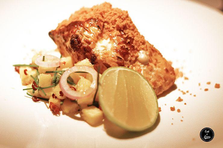 Pargo zarandeado a la brasa con pico de gallo de piña - Restaurante Punto MX Madrid