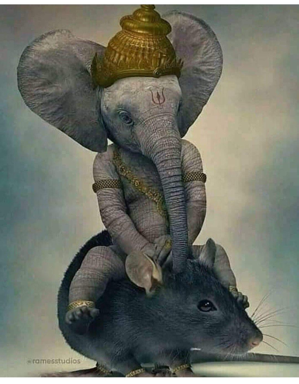 Ganesh Idol Ganpari Hindu God Thai Amulet Jewel Pendant Elephant Sacred Lord