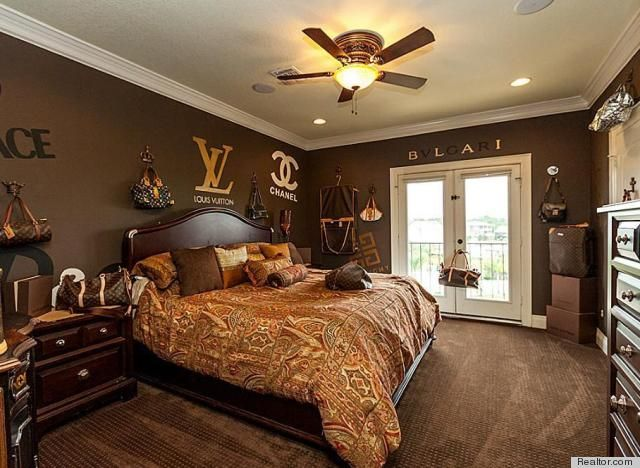Marvelous We Came Across A Photo Of A Louis Vuitton Bedroom In A House Creativecarmelina Interior Chair Design Creativecarmelinacom