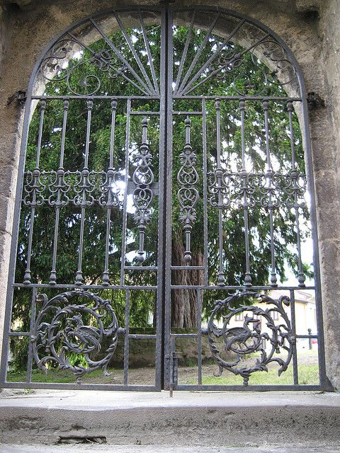 Iglesia de Santibañez y Texu (2) by APARTAMENTOS TURISTICOS LLANA, via Flickr