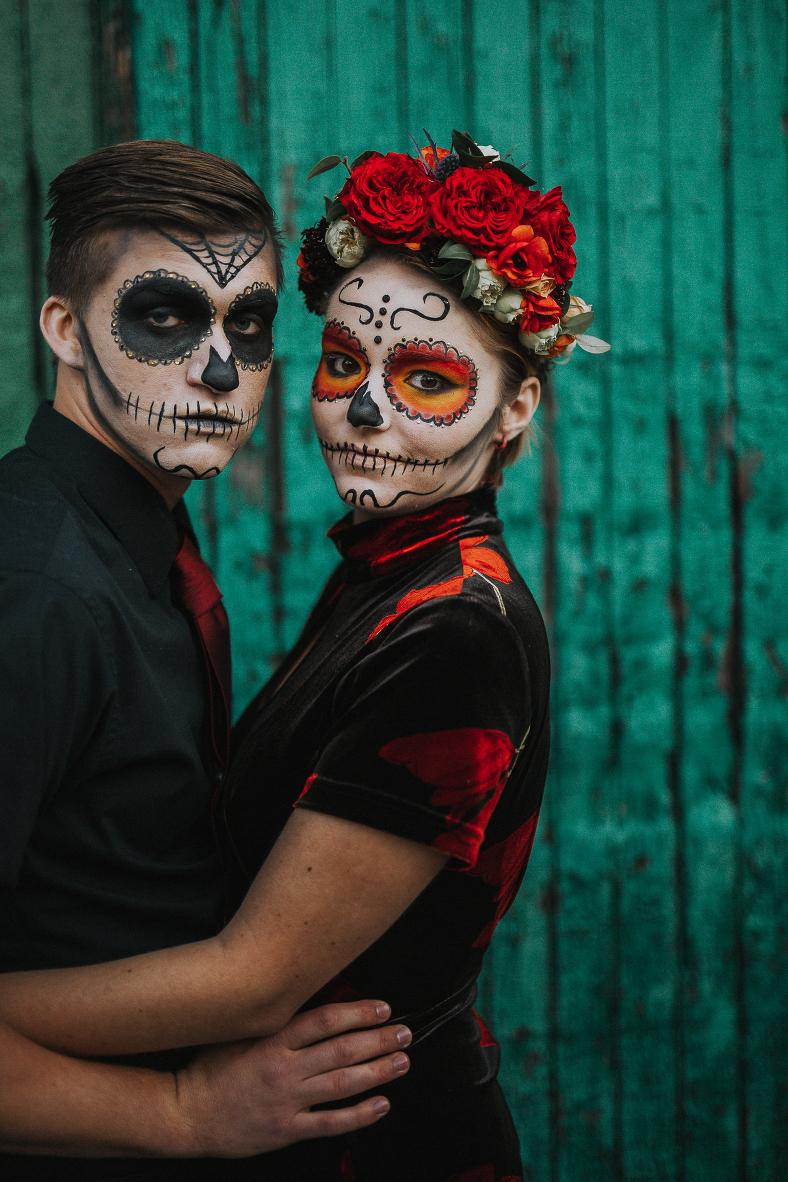 13 Halloween Inspired Engagement Shoots Halloween