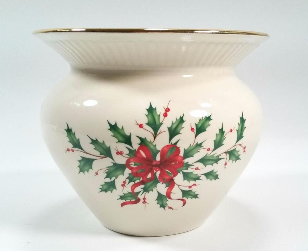 Lenox porcelain holiday cachepot planter vase holiday design holly lenox porcelain holiday cachepot planter vase holiday design holly berries ivory floridaeventfo Image collections