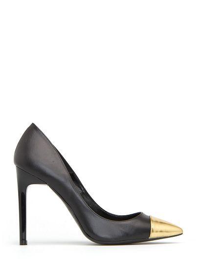 f030c99bfe0c Contrast toe cap pumps - Women   Pinterest