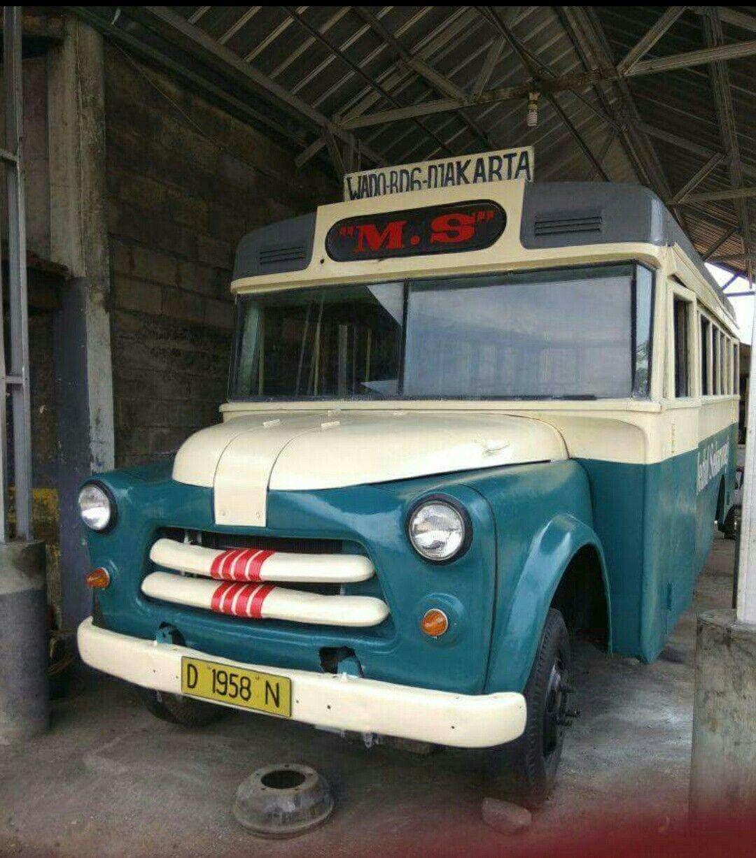 Bus Medal Sekar Wangi 1960 Taufik Hidayat Mobil Klasik Mobil Indonesia