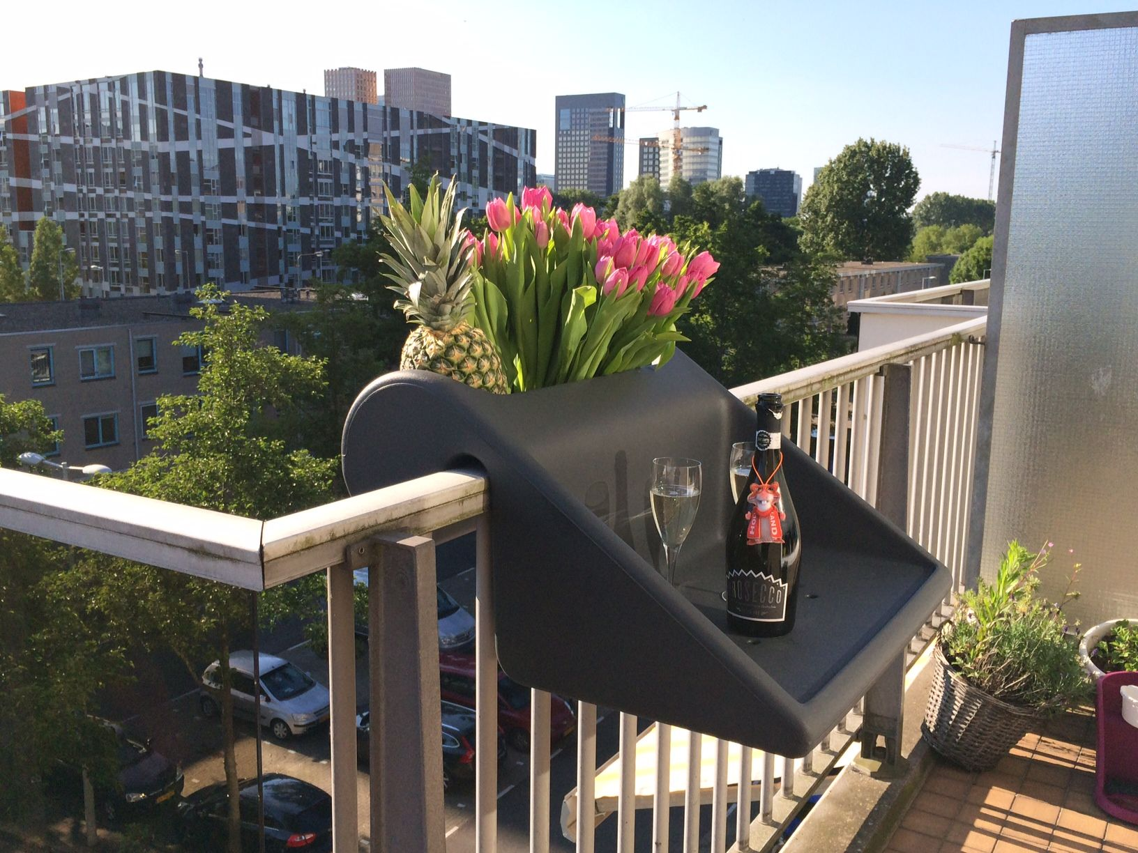 Balcony design ideas in apartment grenoble france home design and - Space Saving Balcony Table And Planter Combo