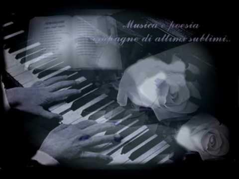 Quando L Amore Diventa Poesia Demis Roussos Vecchie Canzoni Che Sono State Sono E Saranno Compagne Degli Istanti Che Passano Colorando Di Un Chiaro Delicato E Dolc Canzoni Musica Emozioni