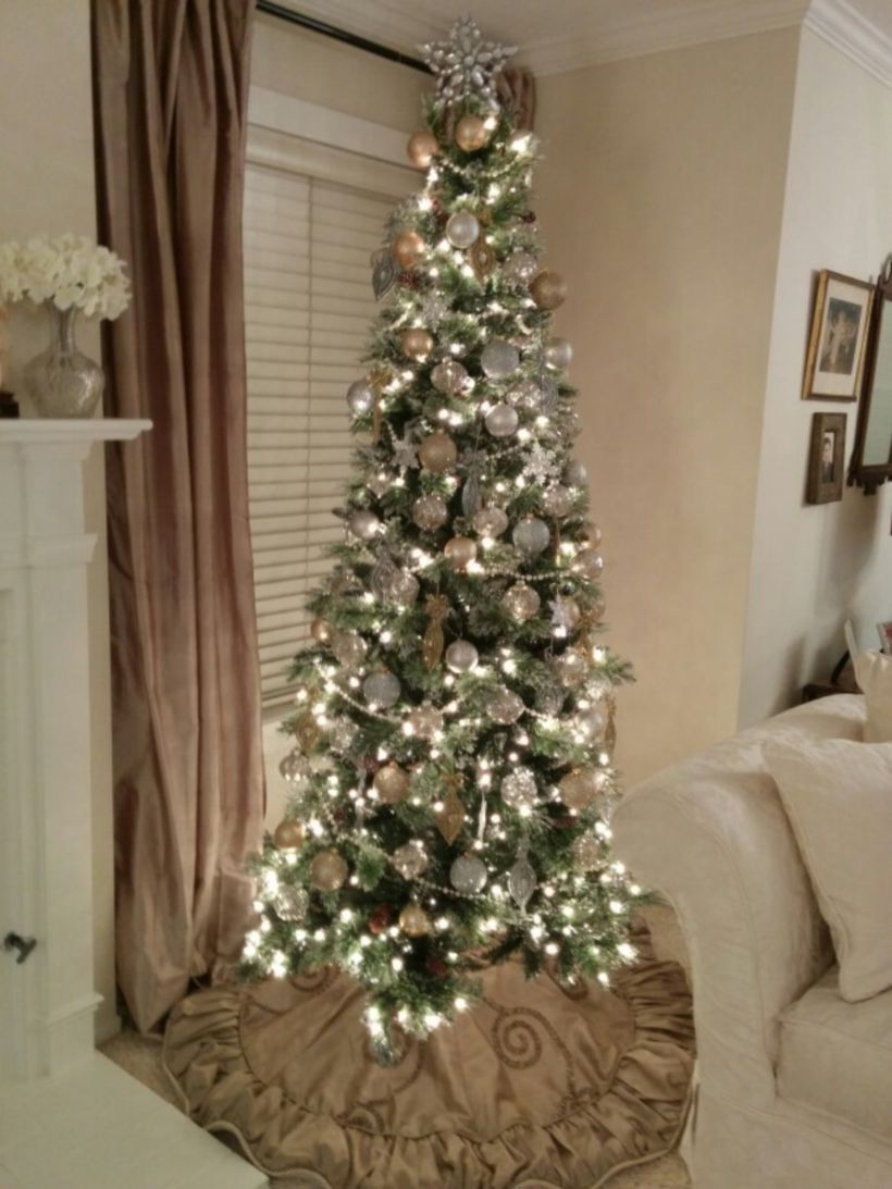 Cool 55 Gorgeous Christmas Decoration Ideas With Sparkling Gold Theme Https About Ruth Com 2 Slim Christmas Tree Pencil Christmas Tree Skinny Christmas Tree