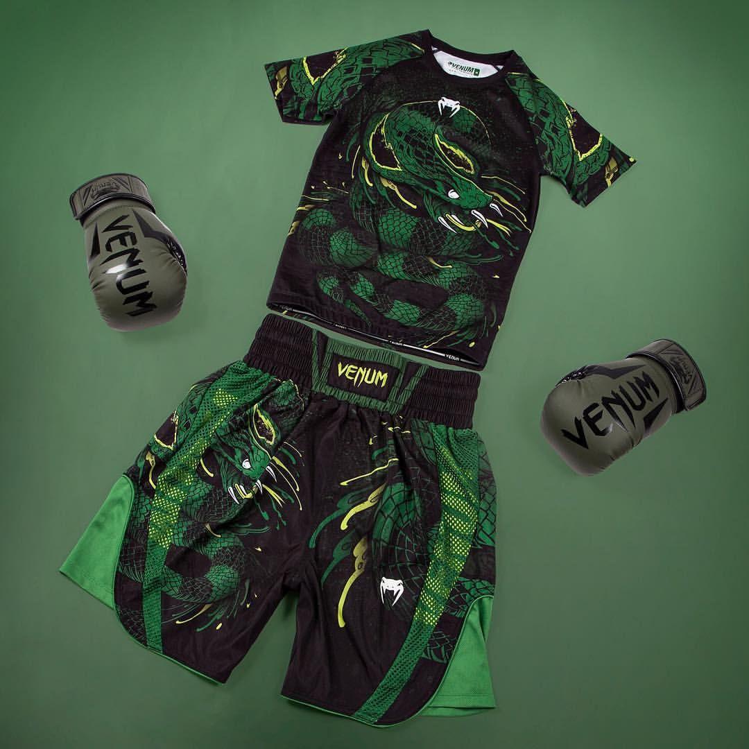 Venum Green Viper Lightweight MMA Fight Shorts Black//Green