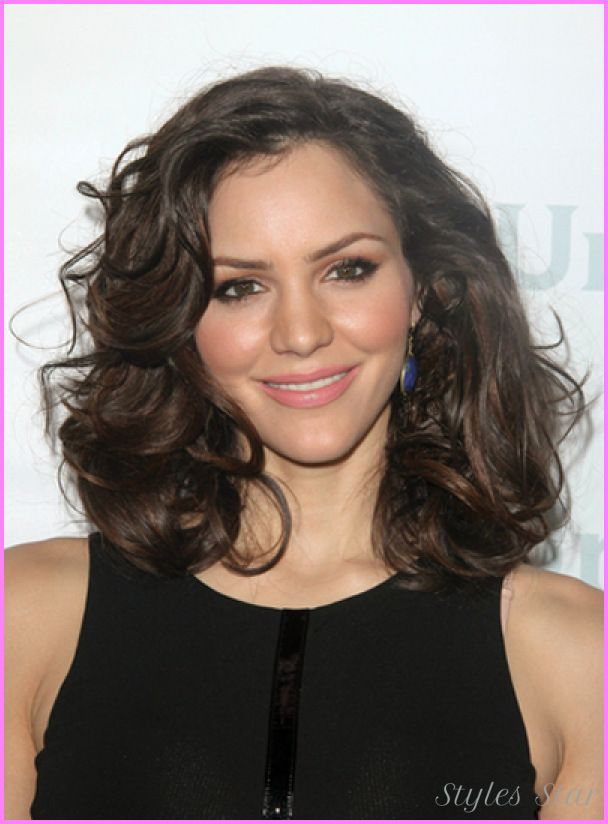 Awesome Medium Haircuts Curly Thick Hair Stars Style Pinterest