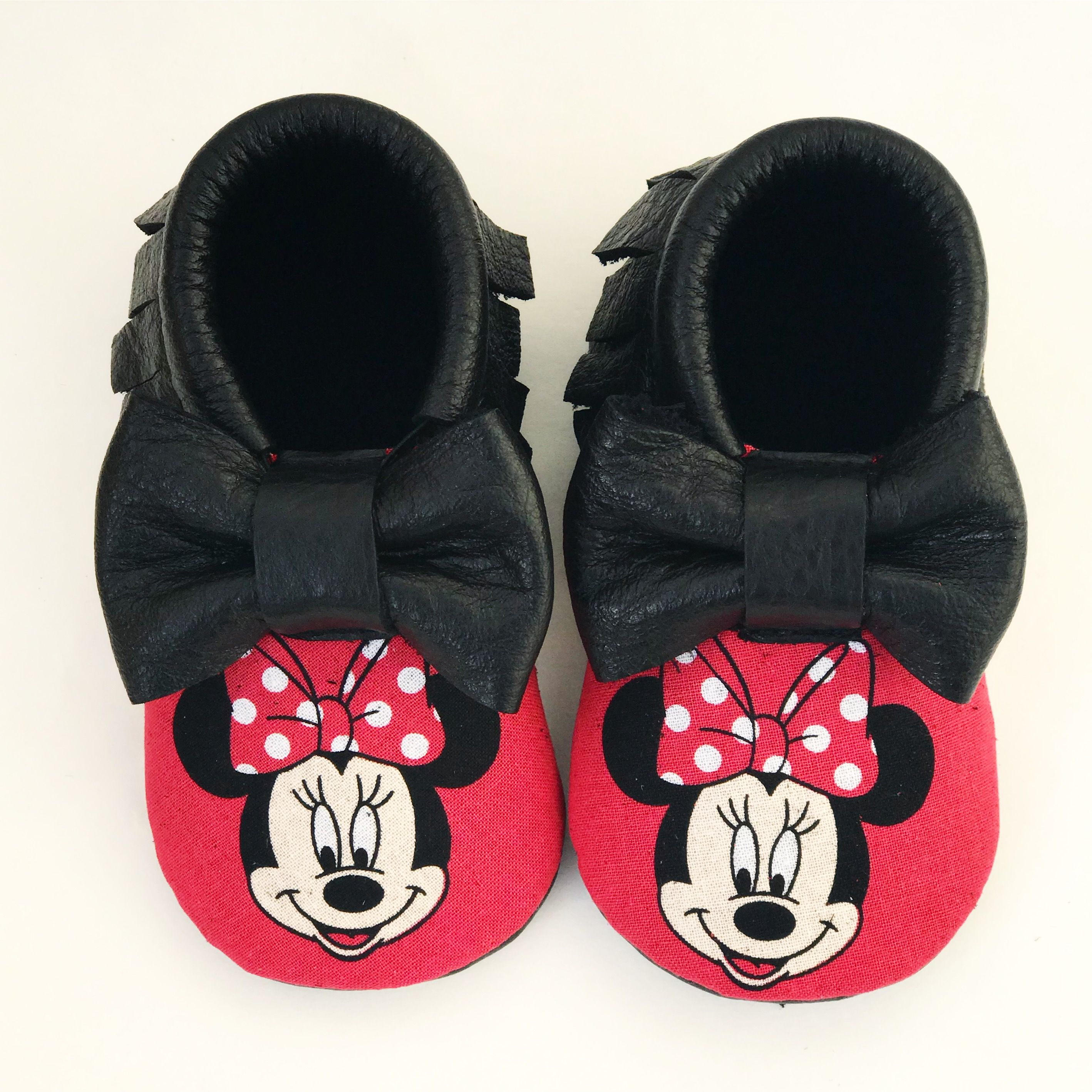 2840f14388274 Minnie Mouse Moccs | Baby Shoes & Clothes | Toddler moccasins, Baby ...
