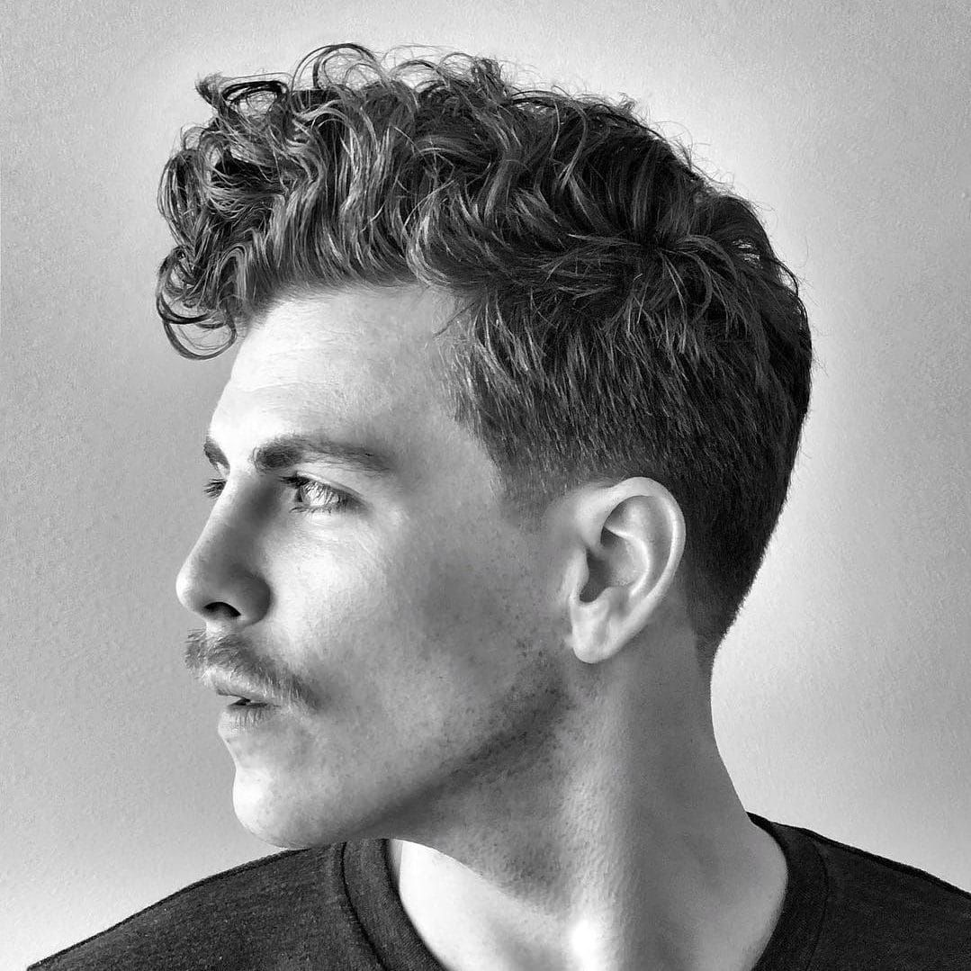40 Modern Men S Hairstyles For Curly Hair That Will Change Your Look Curly Hair Styles Mens Hairstyles Haircuts For Men