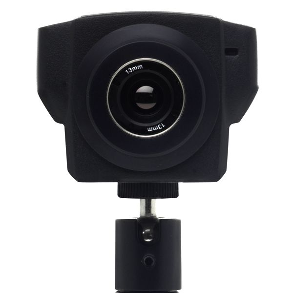 Axis Q1910 - Thermal imaging for IP Video Surveillance. Reliable detection in dark and challenging indoor conditions.