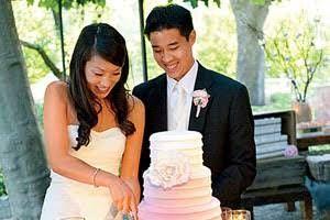 Wedding Etiquette Tips: The Wedding Cake