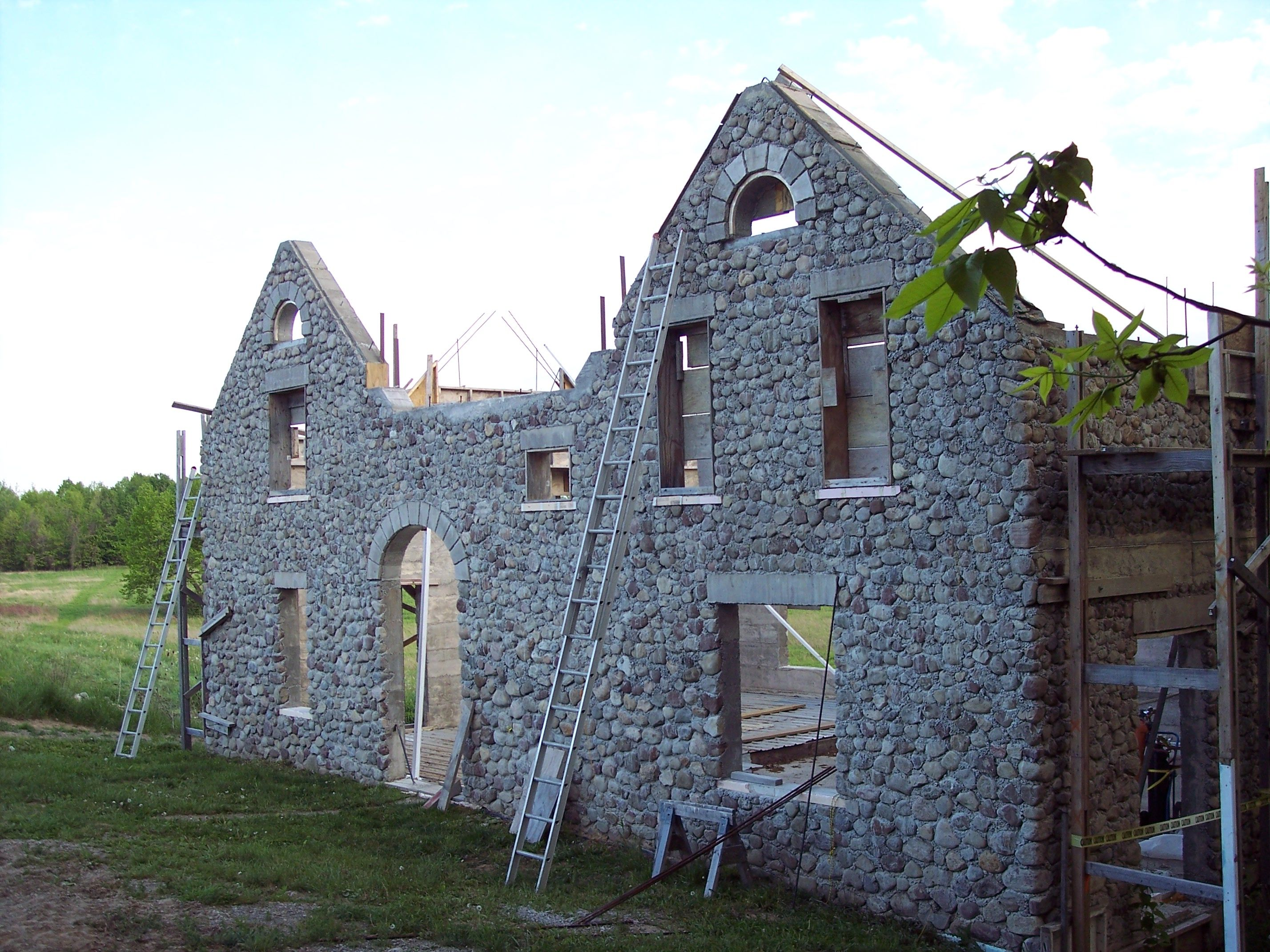 Slipform Stone Building Q And A Gates Arch And Stone