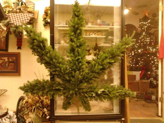 Hippie 420 Marijuana Leaf Winter Outdoor Wreath Decoration
