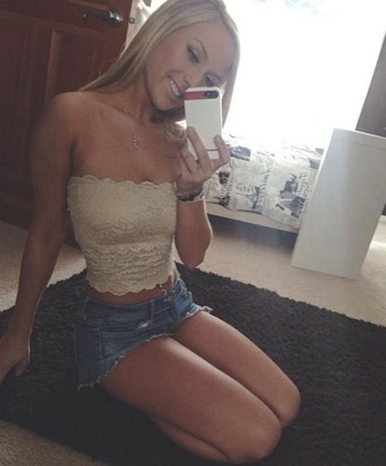 Hot college amateur girls