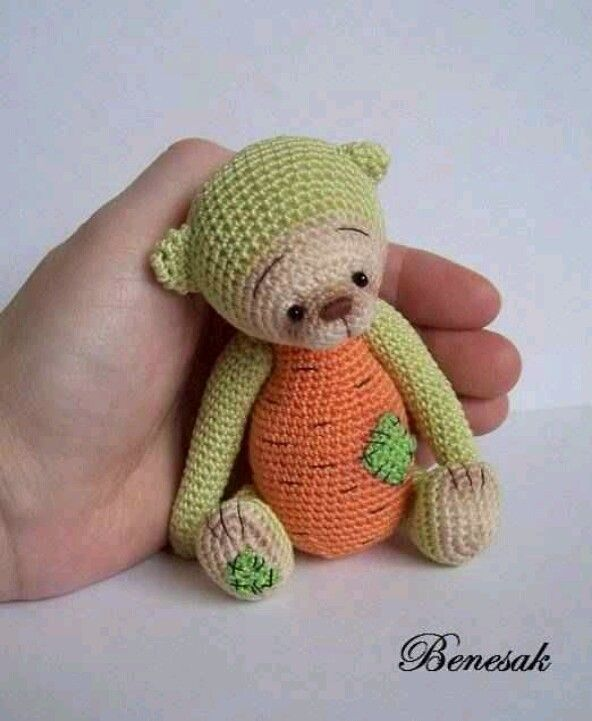 Benesak/ebay | Miniature Heirloom Bears | Pinterest | Oso de ...