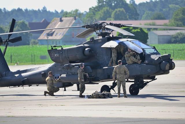 Flight Maintenance Checks Ah 64 Apache Ansbach Military Aircraft