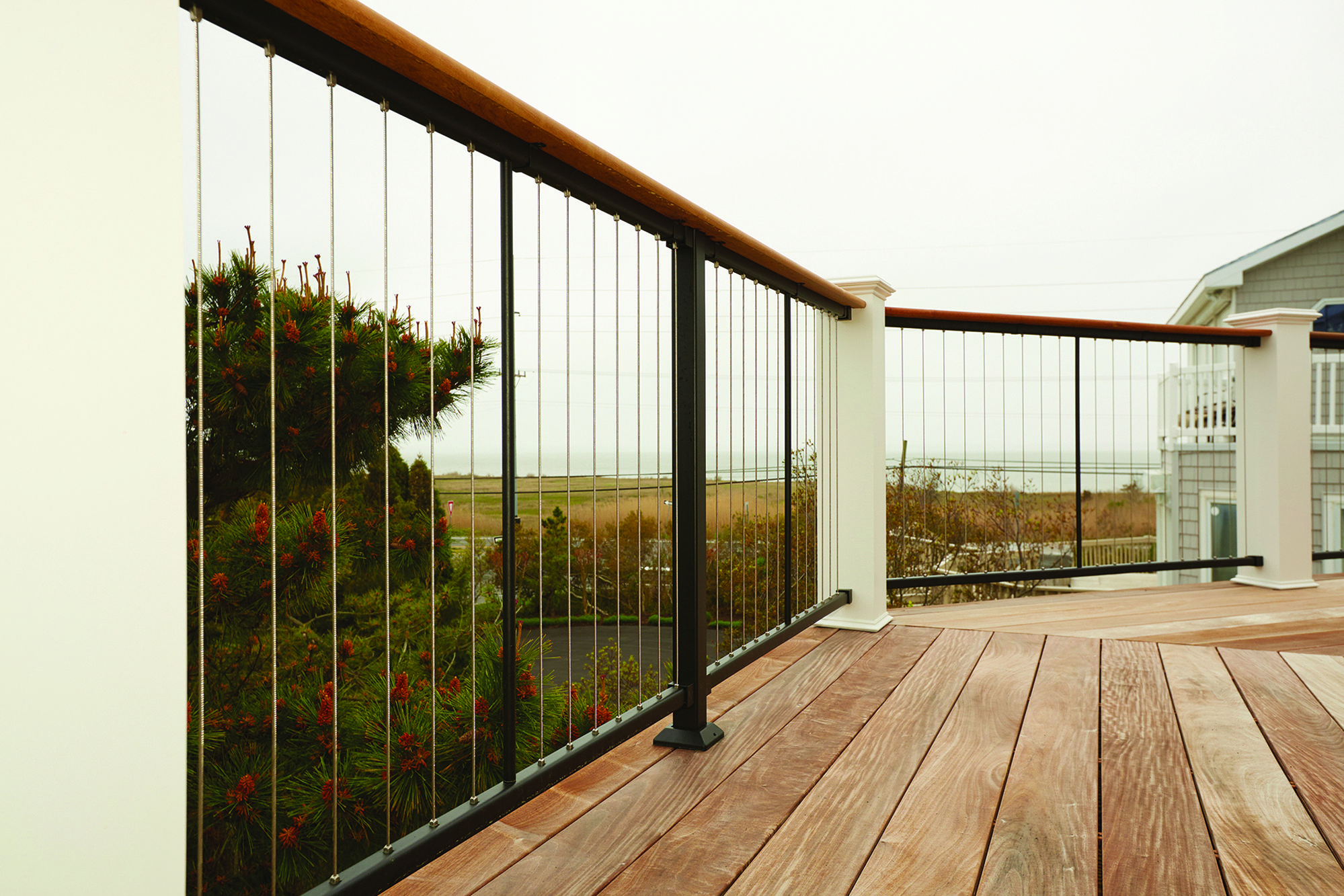 Best Vertical Cable Rail Cable Railing Deck Railings 640 x 480