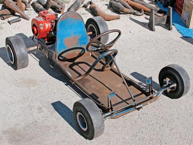 fabriquer go kart maison avec moteur tondeuse karting pinterest maisons jouets pour. Black Bedroom Furniture Sets. Home Design Ideas