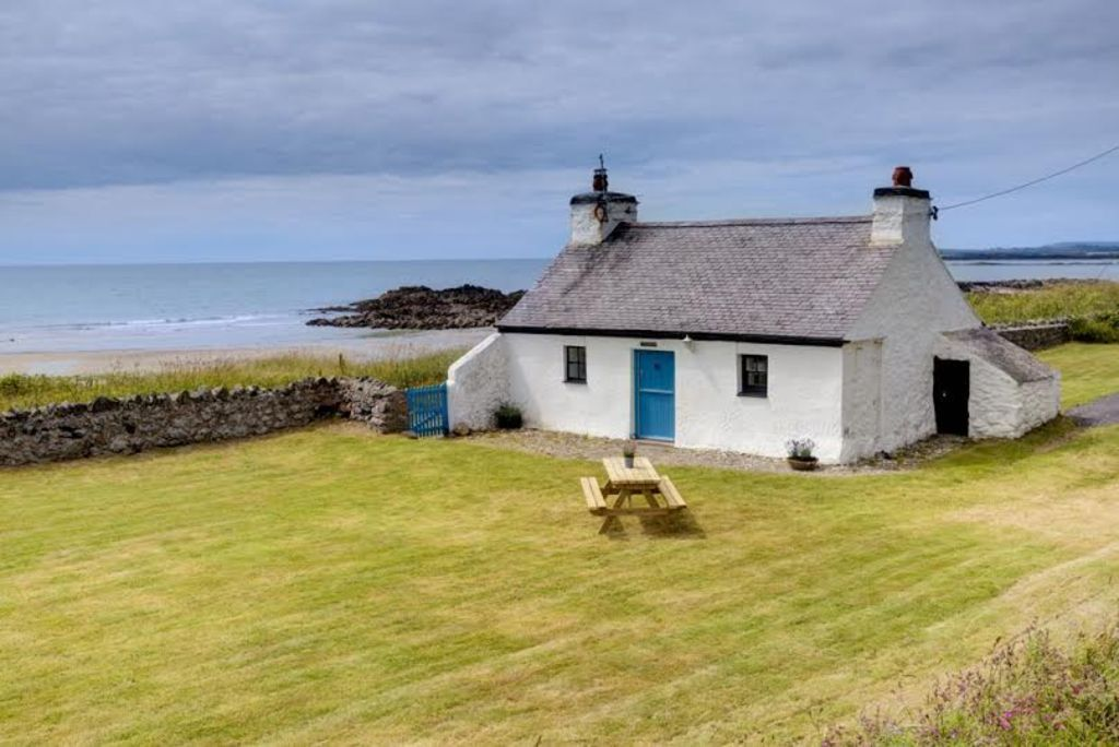 Pet Friendly Cottage By Beach Ty Croes Holiday House For Rent From