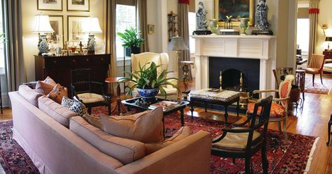 The Stephen Williams House | Luxury Hotel in #Savannah Area, #Georgia.  Intimate and graciously run six-room bed-and-breakfast in a restored 1834 Federal-style townhouse filled with magnificent antique furnishings, the residence of the engaging Dr. Albert Wall, at the western edge of Savannah's historic district. #hideawayoftheday