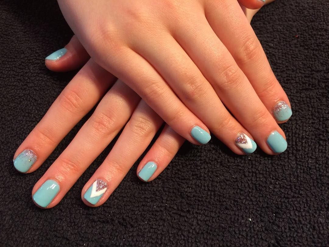 Vanessa Danielle Porter On Instagram This 12 Year Old Has The Best Nails Around Town Manicure Manimonday Tiffanyblue Nails Fun Nails Swag Nails