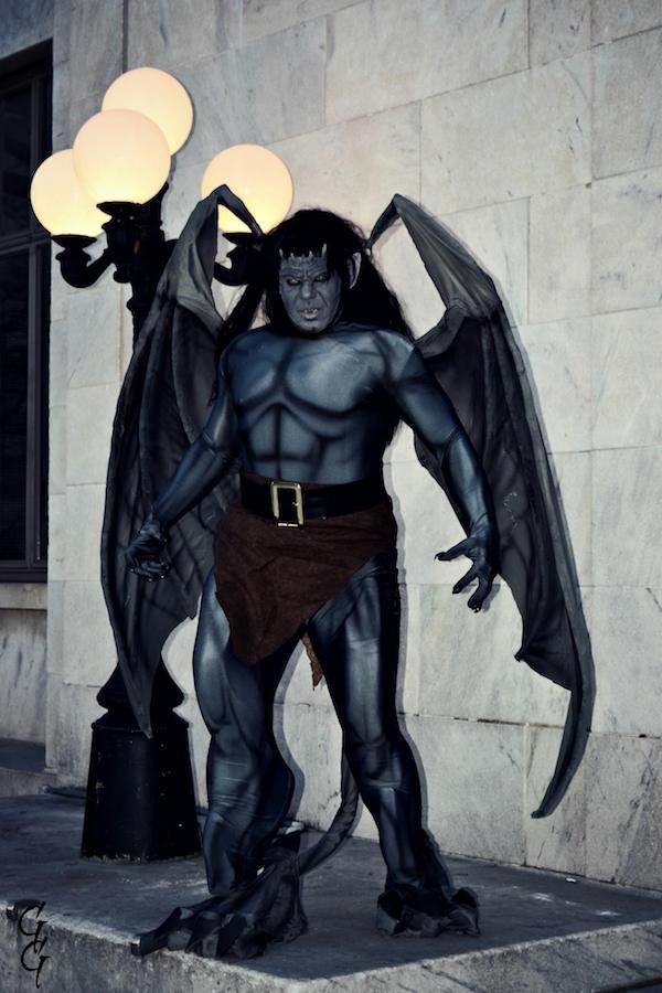 c066172a9 '90s Kids Will Be Blown Away By This 'Gargoyles' Goliath Cosplay. '