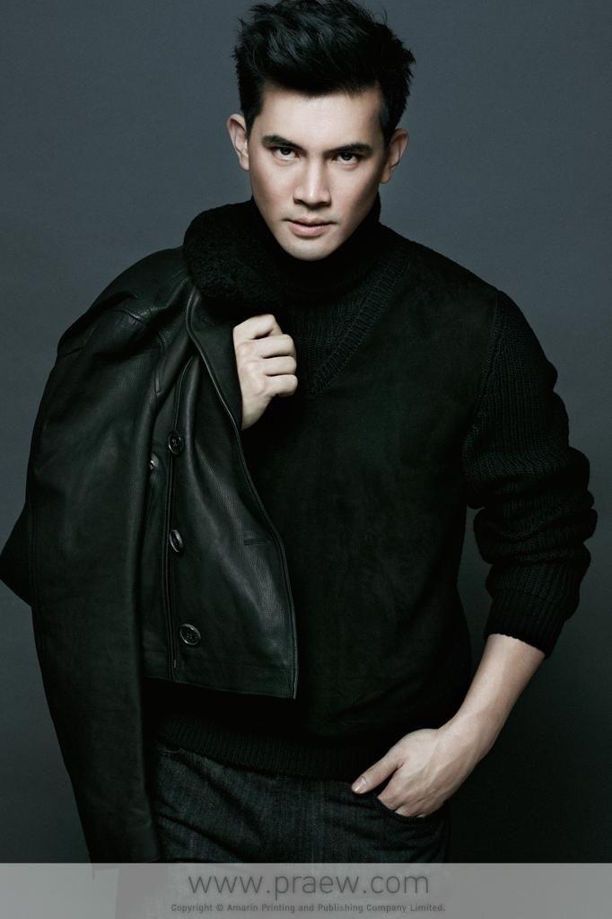 Ken Theeradeth Wongpuapan  Fashion Inspiration  Asian -6814