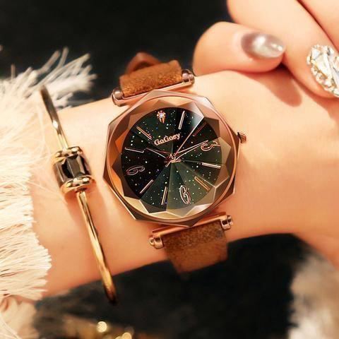 Mode Leder Classic Quarz Armbanduhr für Frauen   – Women's Watches
