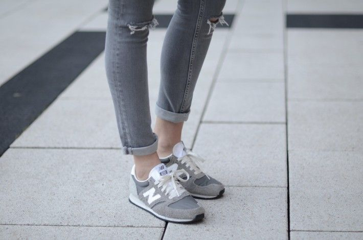 new balance 420 grey vintage trainers womens