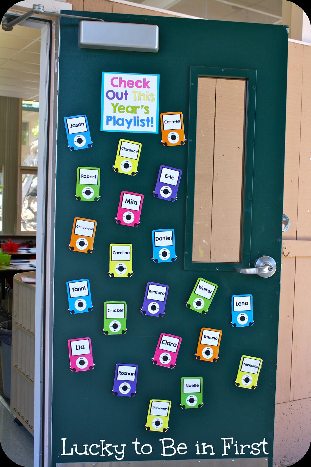 School Classroom Doors First Grade Classroom Tour School Doors