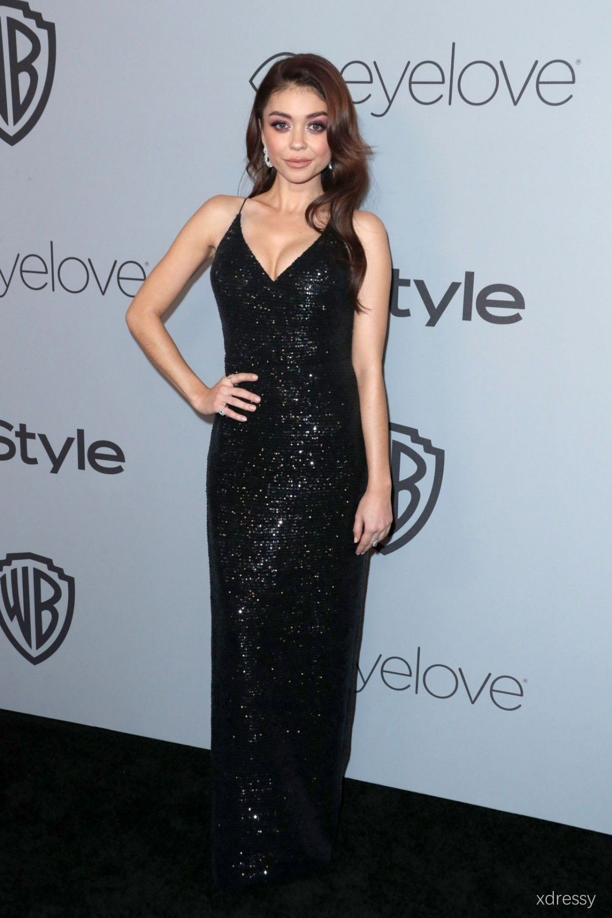 Sarah hyland black sequin backless sheath long evening prom dress