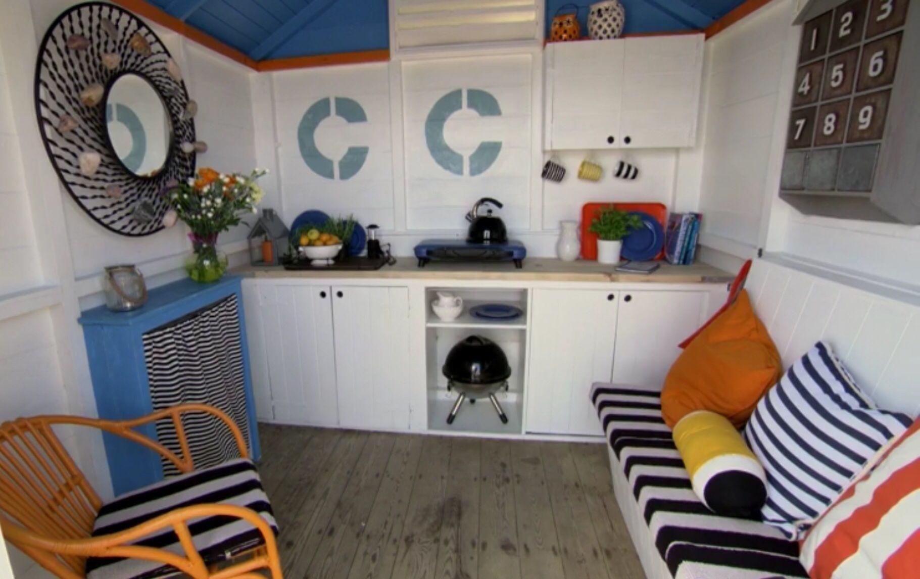 Bbc The Great Interior Design Challenge Beach Huts Interiores Esquema De Cores Cores