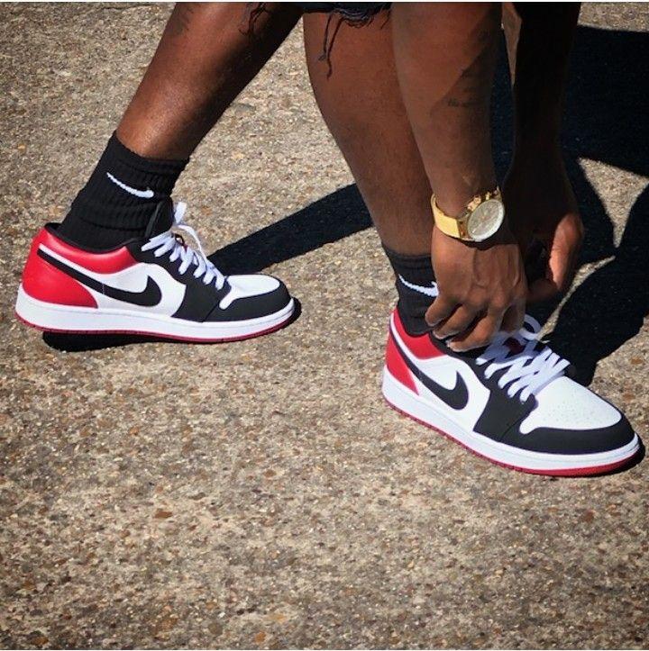 Low OG ! | Air jordans, Black toe, Nike sneakers outfit