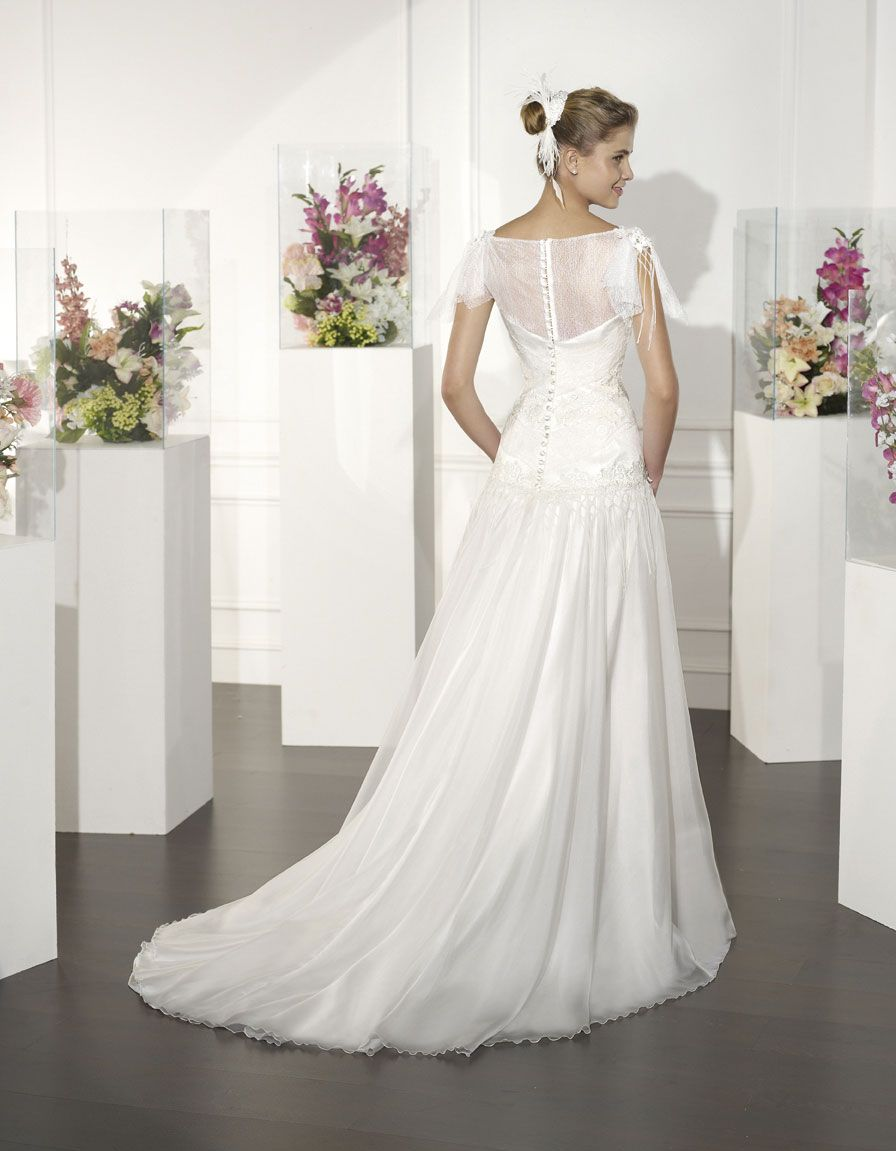 #ROBIN | Wedding Dress - Boheme | VILLAIS by Sara Villaverde (back)