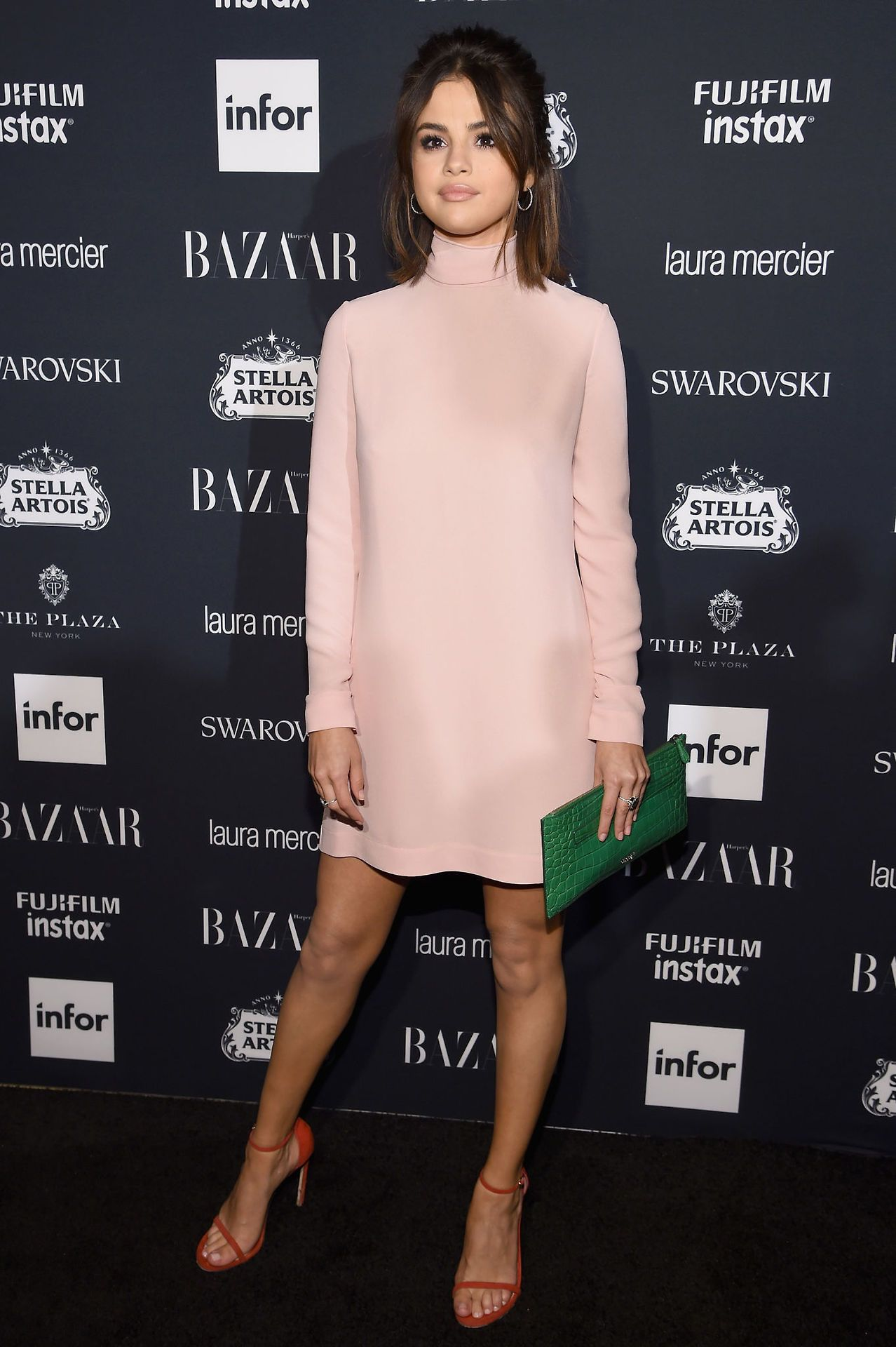 September 8: Selena attending Harper\'s BAZAAR Icons Party in New ...