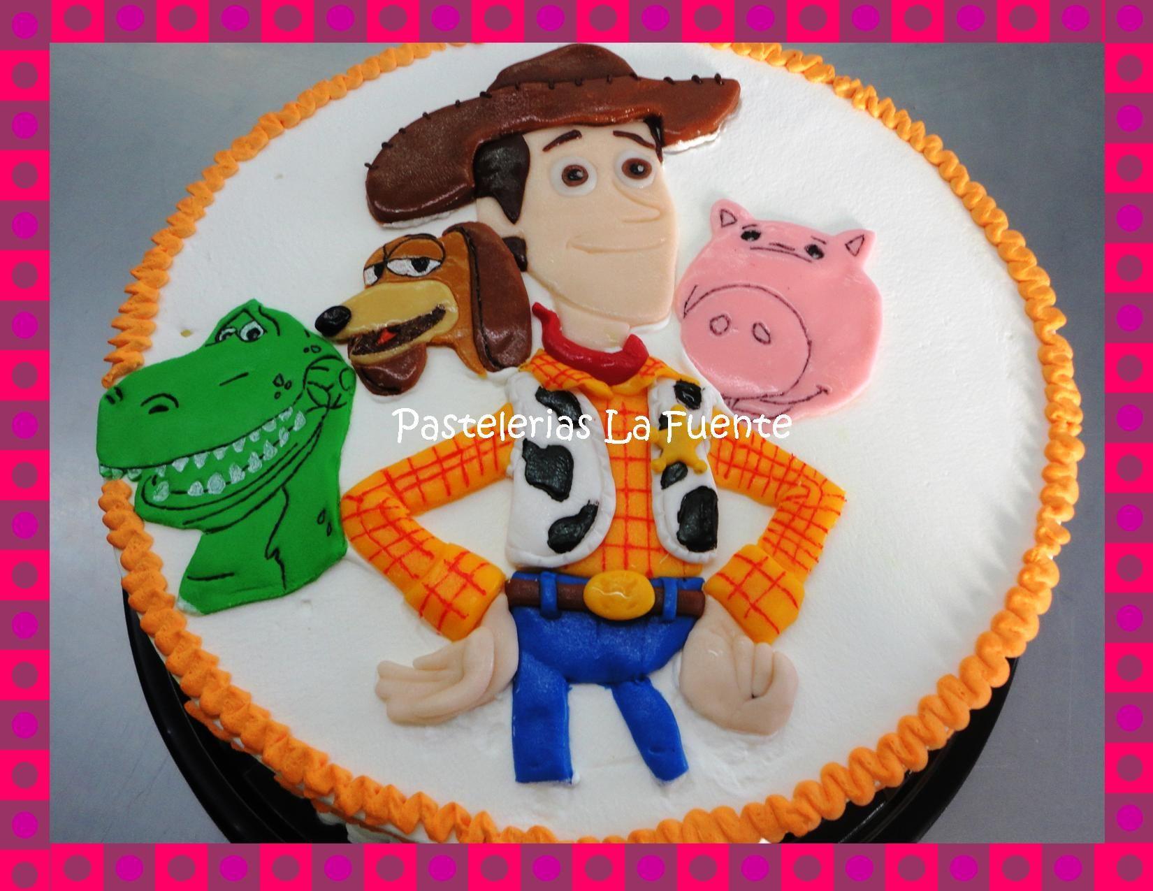 Pastel con figuras de Fondant de Toy Story