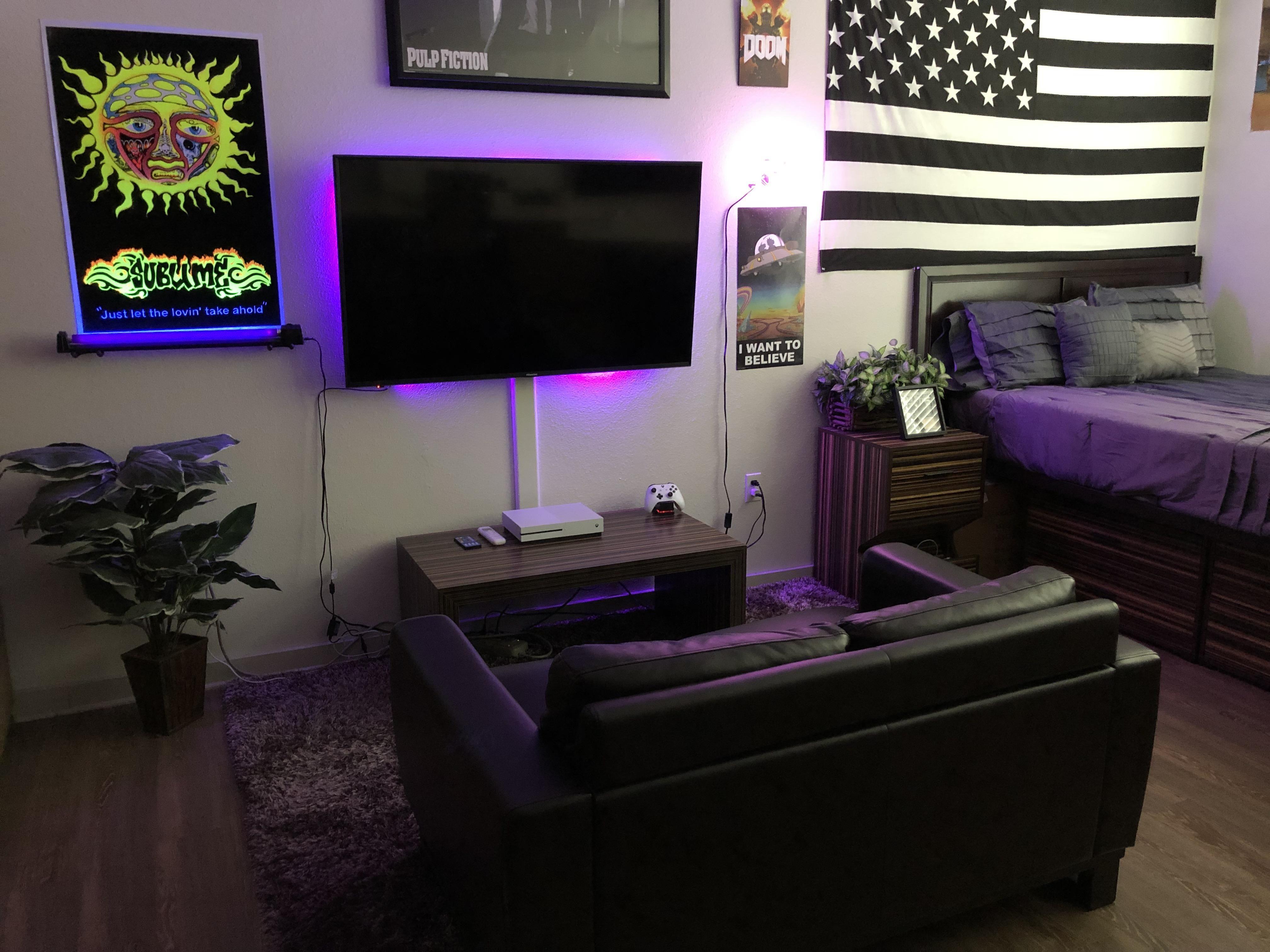 College Apartment Bedroom Ideas Men Decoomo