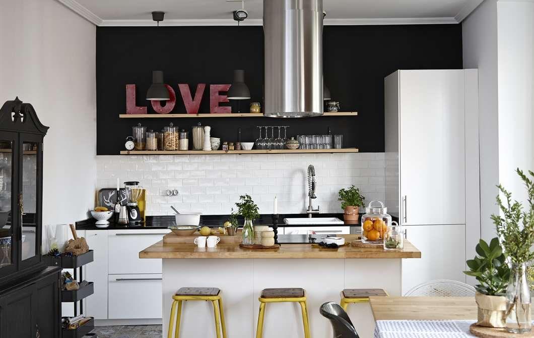 cuisine type bistrot beautiful decoration petite cuisine avec decoration cuisine style et d co. Black Bedroom Furniture Sets. Home Design Ideas